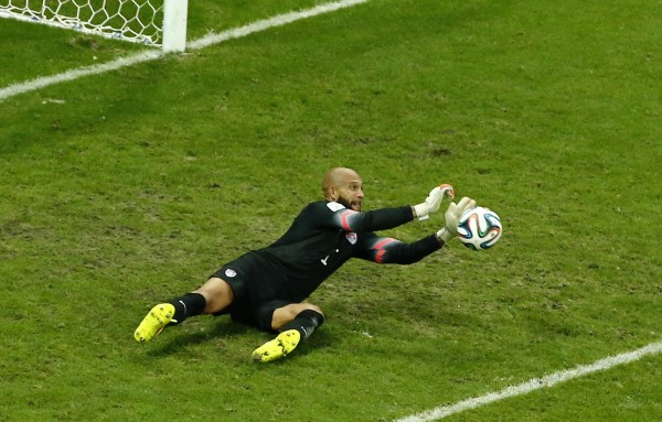 Tim Howard Save