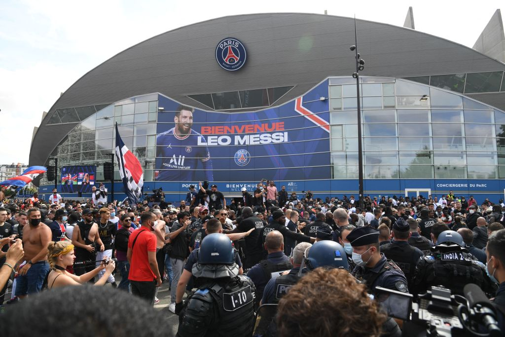 Messi Mania in Paris as PSG Unveils Soccer Superstar: When Will He Make His French Debut?